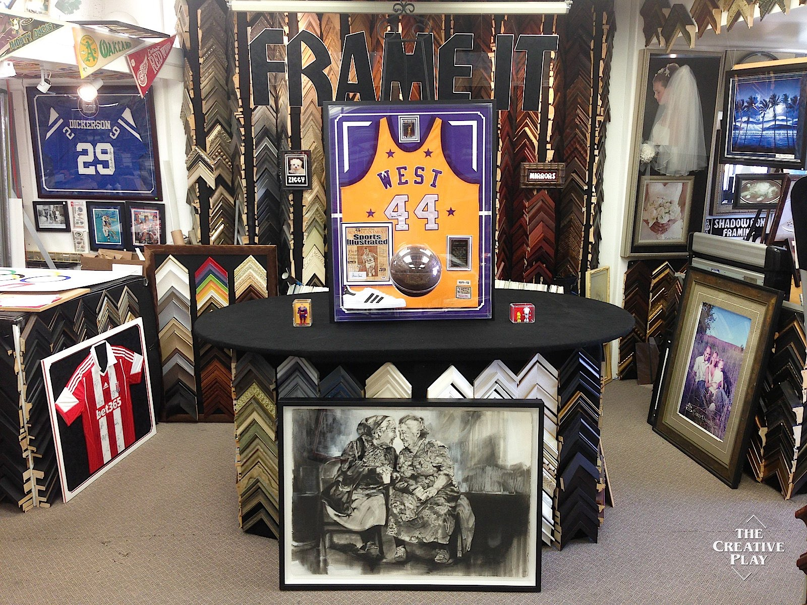 The Creative Play Custom Framing Amp Sports Memorabilia